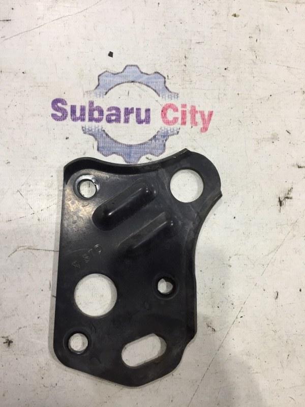 Крюк буксировочный Subaru Legacy BE EJ20 2002 (б/у)