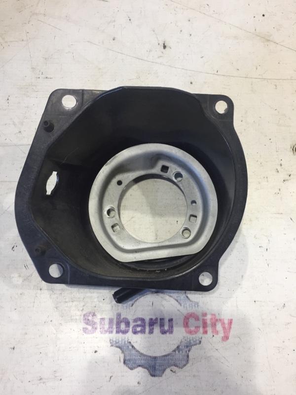 Пластик вокруг горловины топливного бака Subaru Legacy BL EJ20 2005 (б/у)