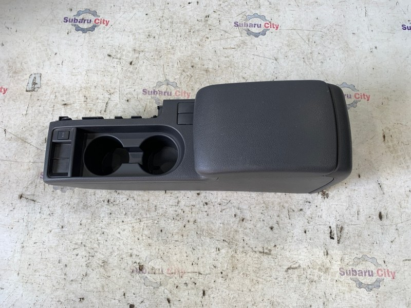 Подлокотник Subaru Impreza GH EJ15 2007 (б/у)