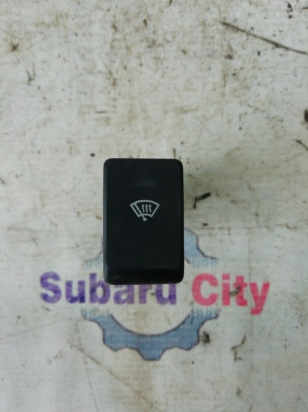 Кнопка подогрева лобового стекла Subaru Forester SG EJ20 (б/у)
