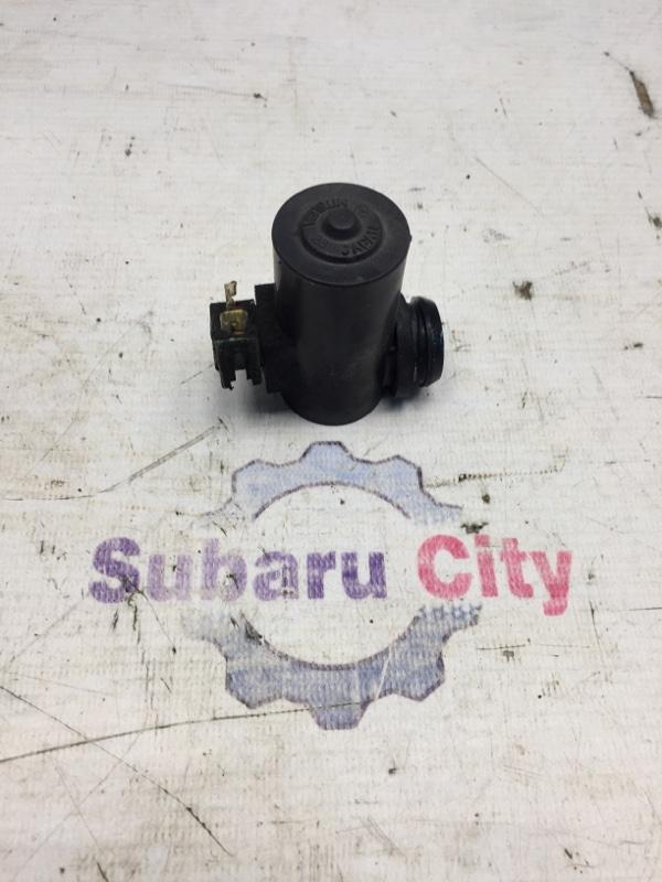 Моторчик омывателя Subaru Forester SF EJ20 1998 передний (б/у)