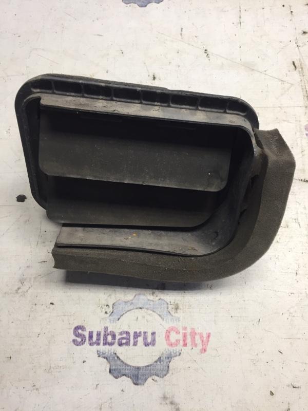 Клапан вентиляции багажника Subaru Forester SF EJ20 1998 задний левый (б/у)