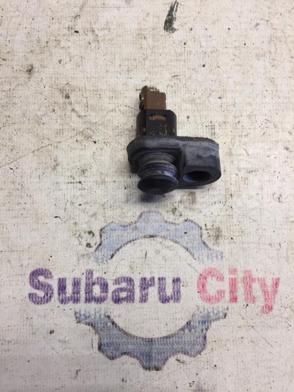 Концевик двери Subaru Forester SF EJ20 1998 задний (б/у)