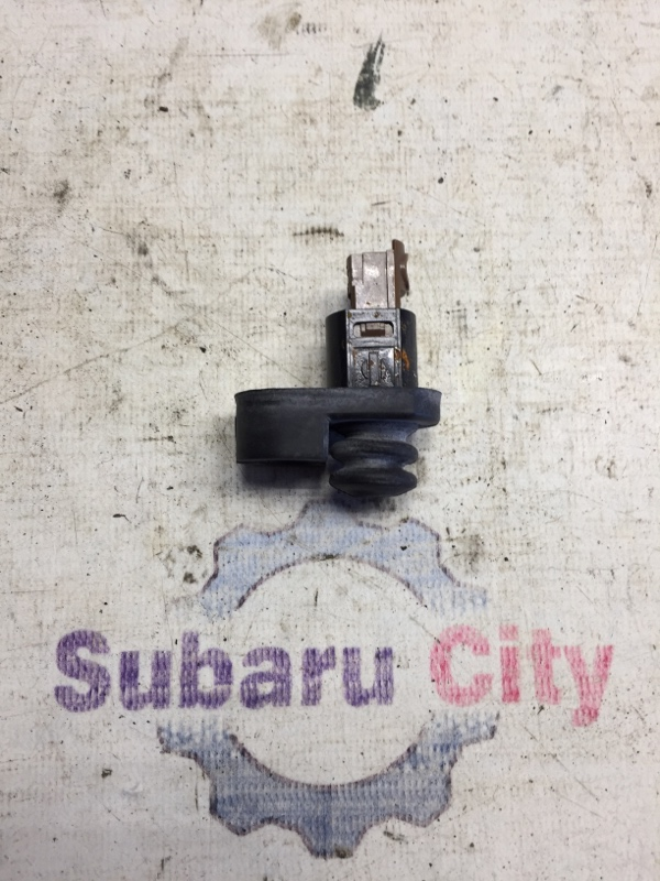 Концевик двери Subaru Forester SF EJ20 1998 (б/у)