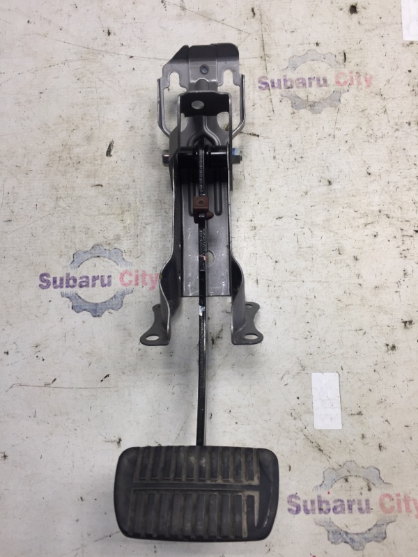 Педаль тормоза Subaru Forester SH EJ20 2009 (б/у)
