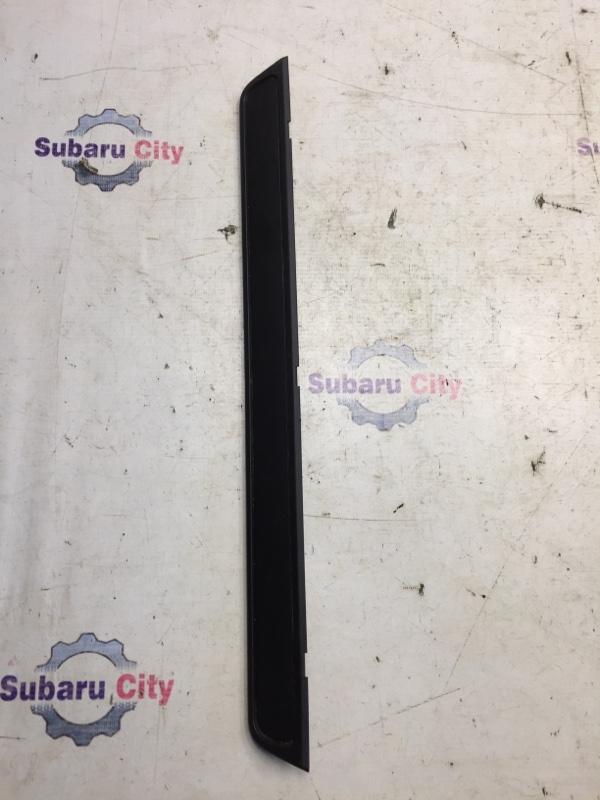 Накладка на порог салона Subaru Forester SH EJ20 2009 передняя (б/у)