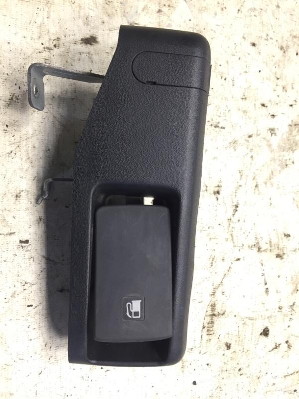 Ручка открывания лючка топливного бака Subaru Legacy BP EJ20 2004 (б/у)