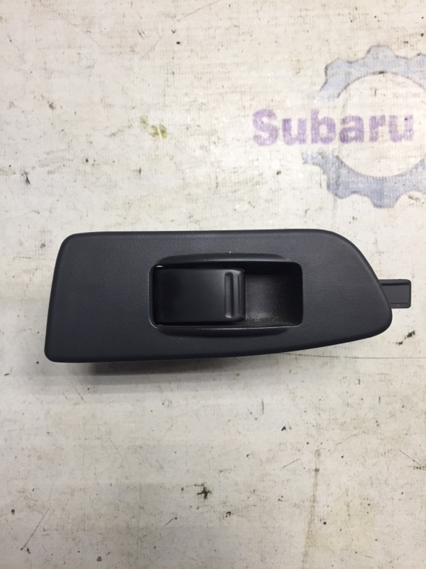 Кнопка стеклоподъемника Subaru Impreza GD EJ15 2000 задняя левая (б/у)