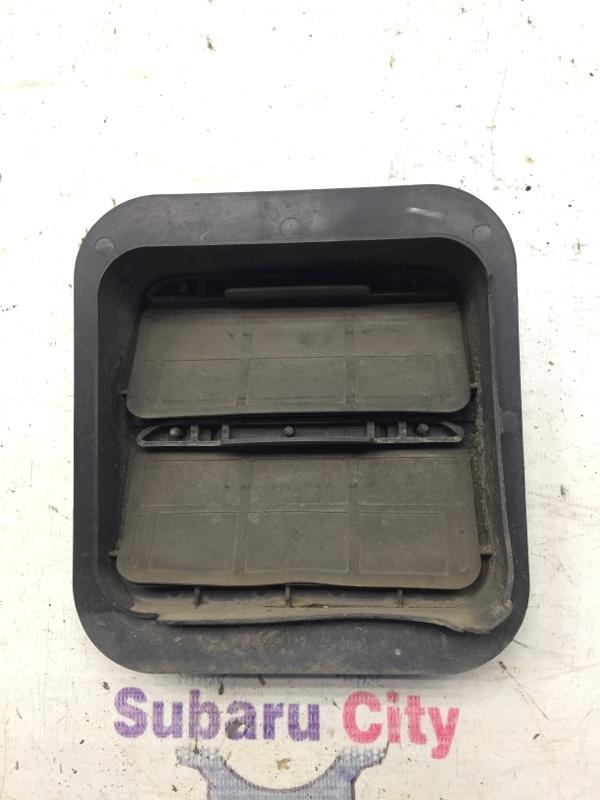Клапан вентиляции багажника Subaru Impreza GD EJ15 2000 (б/у)