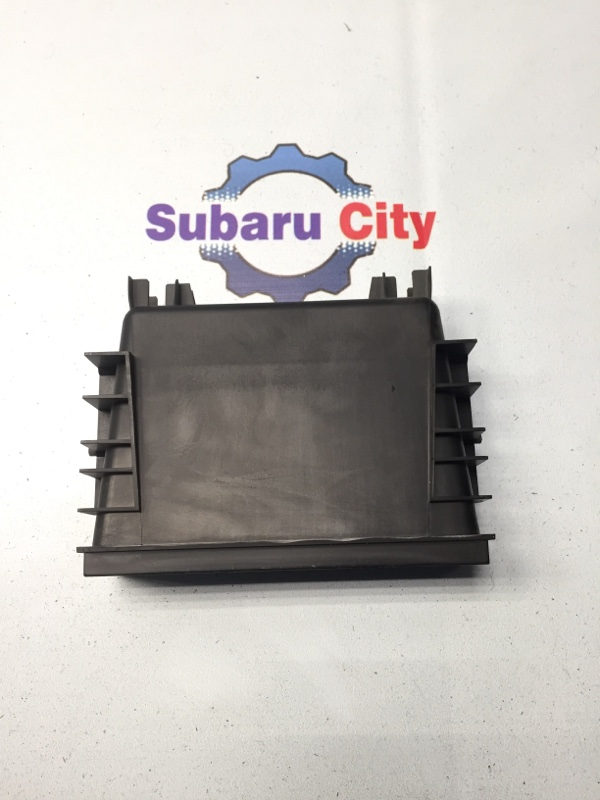 Кармашек под магнитолой Subaru Legacy BE EJ20 (б/у)