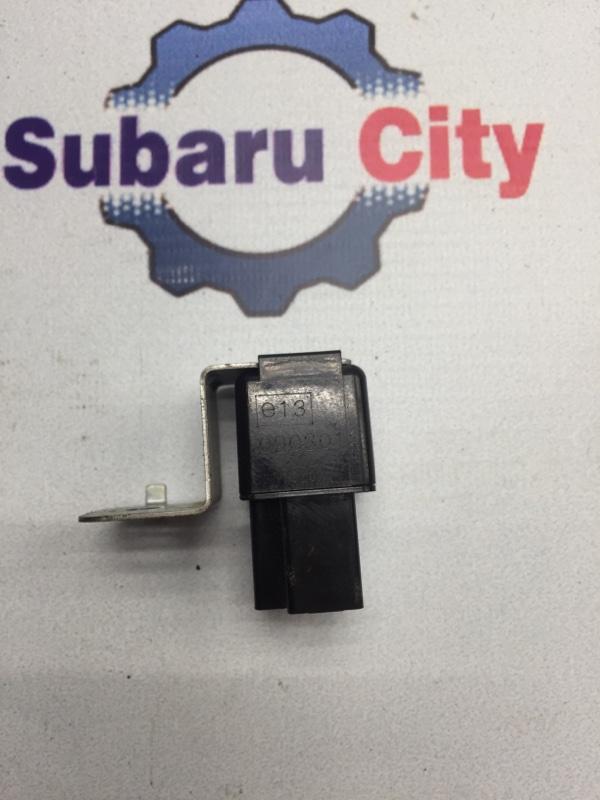 Реле поворота Subaru Legacy BE EJ20 (б/у)
