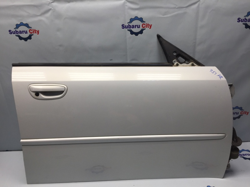 Дверь Subaru Legacy BL EJ20 передняя правая (б/у)