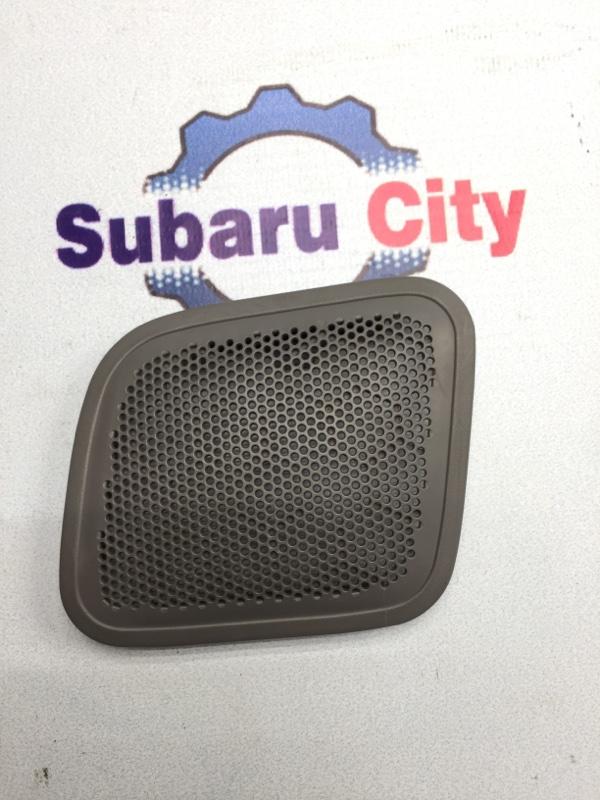 Накладка в багажник Subaru Forester SF EJ20 1999 правая (б/у)