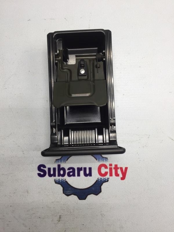 Пепельница Subaru Legacy BE EJ20 2002 (б/у)