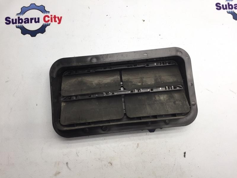 Клапан вентиляции багажника Subaru Legacy BH EJ20 2002 правый (б/у)