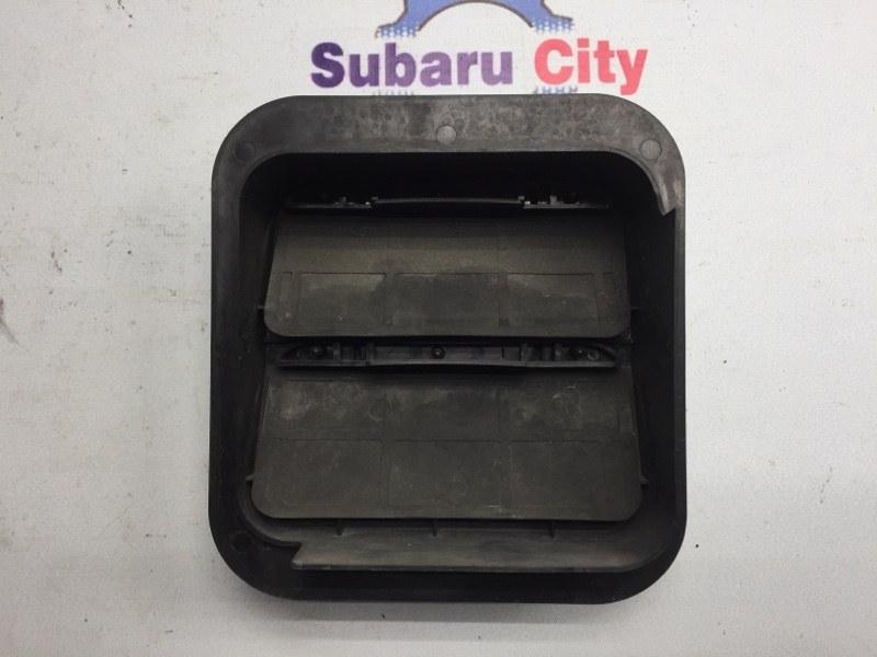 Клапан вентиляции багажника Subaru Legacy BH EJ20 2002 левый (б/у)
