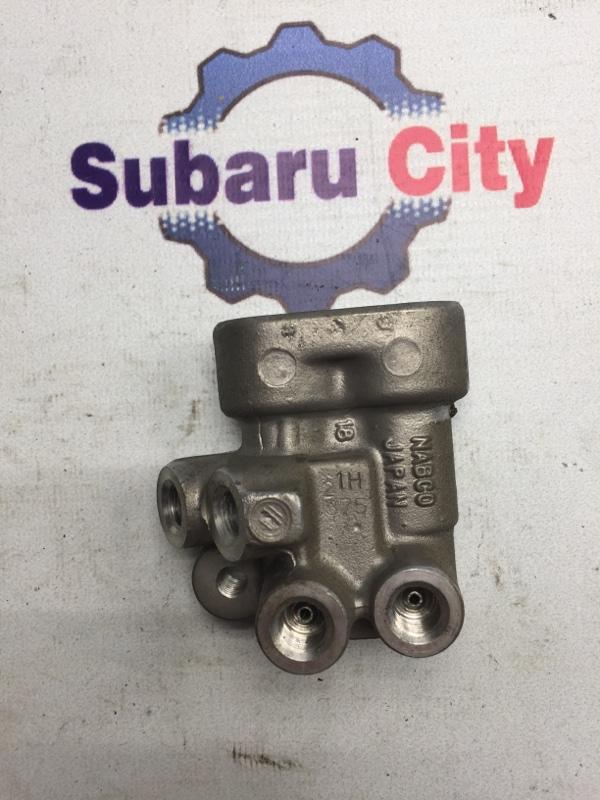 Регулятор тормозных усилий Subaru Legacy BE EJ20 2002 (б/у)