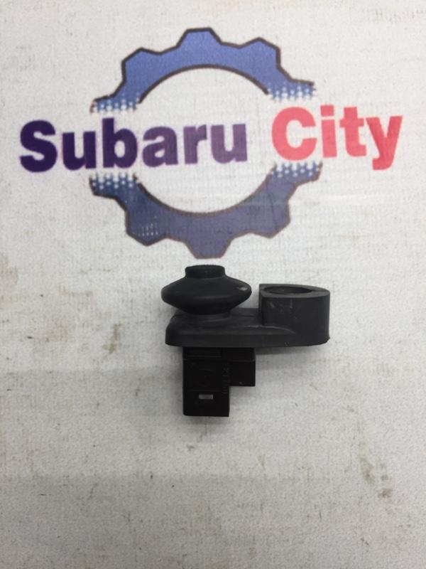 Концевик двери Subaru Legacy BE EJ20 2002 задний (б/у)