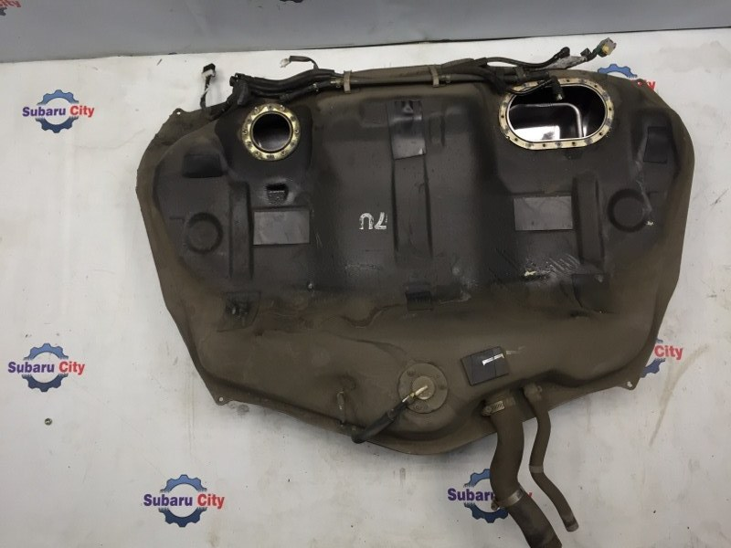 Топливный бак Subaru Legacy BE EJ20 2001 (б/у)