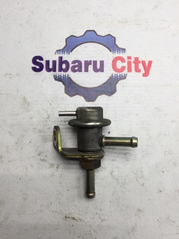 Регулятор давления топлива Subaru Legacy BE EJ206 2001 (б/у)