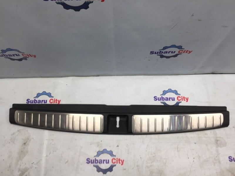Накладка в багажник Subaru Legacy BL EJ20 2003 (б/у)