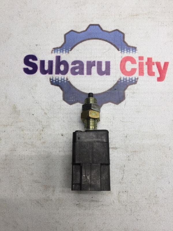 Концевик педали тормоза Subaru Legacy BL EJ20 2003 (б/у)