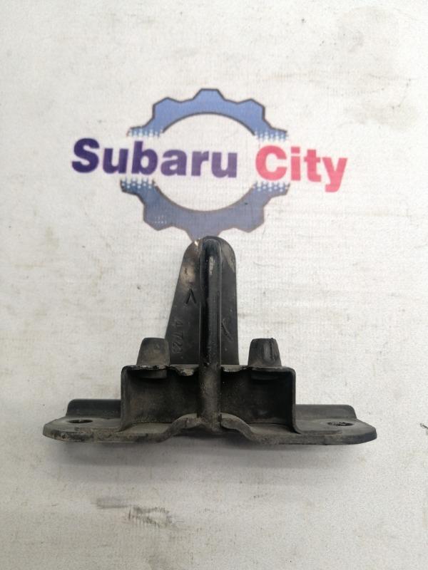 Петля замка капота Subaru Legacy BL EJ20 2003 (б/у)