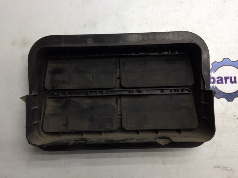 Клапан вентиляции багажника Subaru Legacy BL EJ20 2004 (б/у)