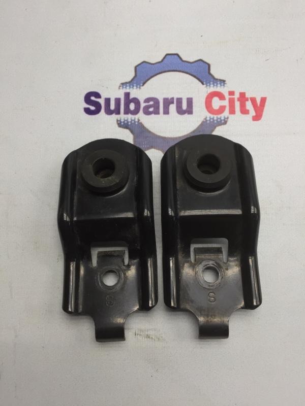 Крепление радиатора Subaru Forester SG EJ20 2003 (б/у)