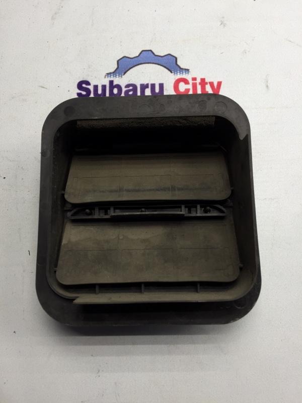 Клапан вентиляции багажника Subaru Forester SG EJ20 2003 правый (б/у)