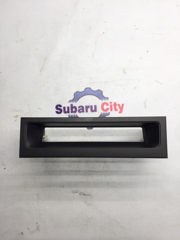 Кармашек под магнитолой Subaru Forester SG EJ20 2003 (б/у)