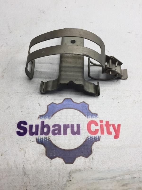 Крепление топливного фильтра Subaru Forester SG EJ20 2003 (б/у)
