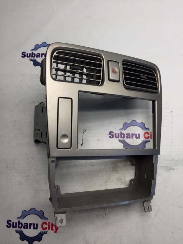 Центральная консоль Subaru Forester SG EJ20 2004 (б/у)