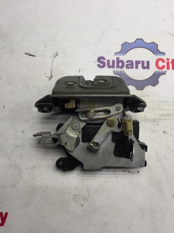 Замок багажника Subaru Forester SG EJ20 2004 (б/у)