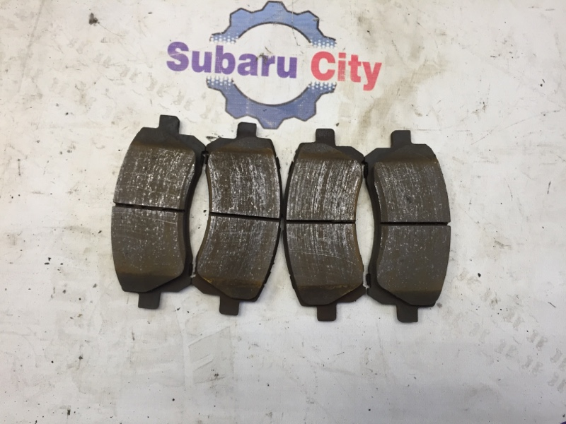 Тормозные колодки Subaru Legacy BE EJ20 2000 переднее (б/у)