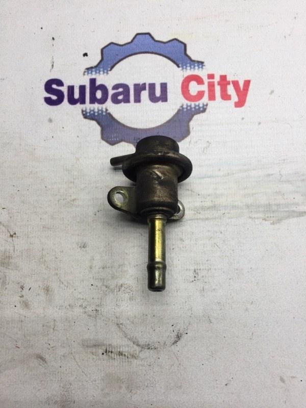 Регулятор давления топлива Subaru Legacy BE EJ206 2000 (б/у)