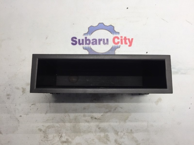 Кармашек под магнитолой Subaru Legacy BE EJ20 2000 (б/у)