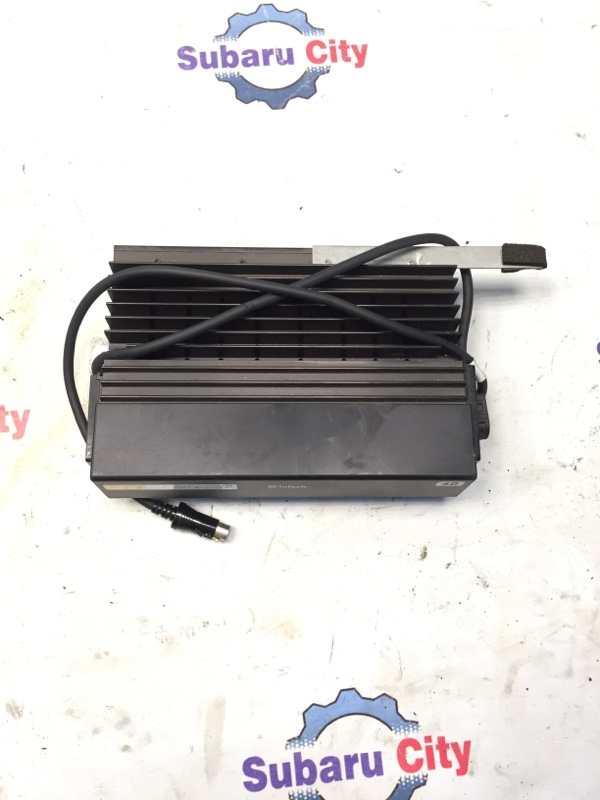 Усилитель магнитофона Subaru Legacy BE EJ20 2000 (б/у)