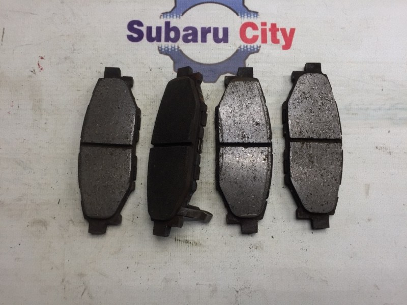Тормозные колодки Subaru Legacy BL EJ20 2007 заднее (б/у)