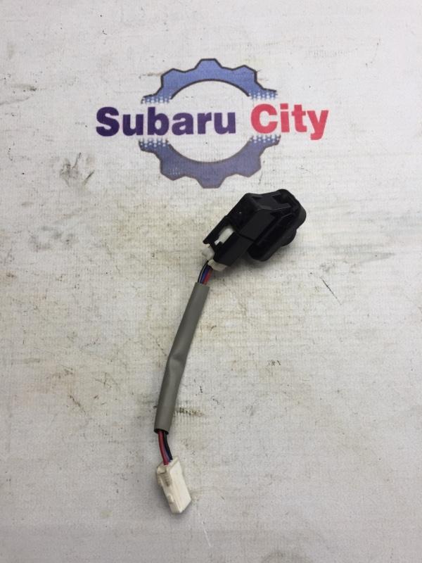 Концевик двери Subaru Legacy BL EJ20 2005 передний (б/у)