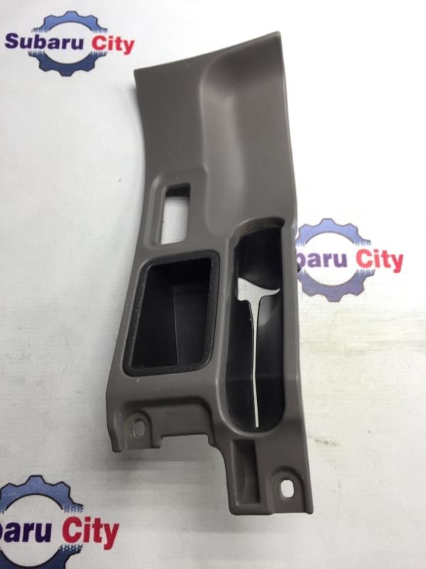 Консоль вокруг ручника Subaru Forester SF EJ20 2001 (б/у)