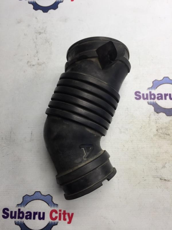 Патрубок впускной Subaru Forester SF EJ205 2001 (б/у)