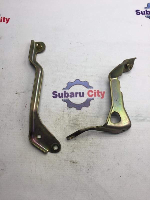 Крепление интеркулера Subaru Forester SF EJ20 2001 (б/у)