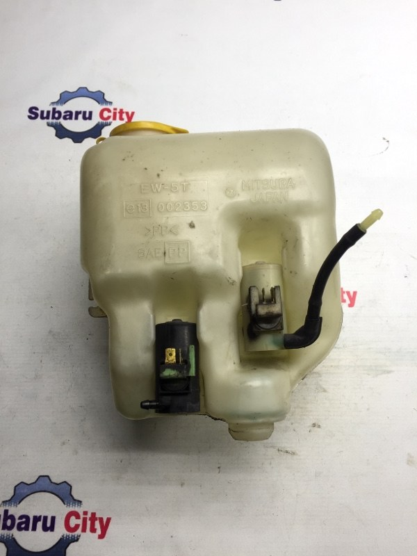Бачок омывателя Subaru Legacy BE EJ20 1999 (б/у)