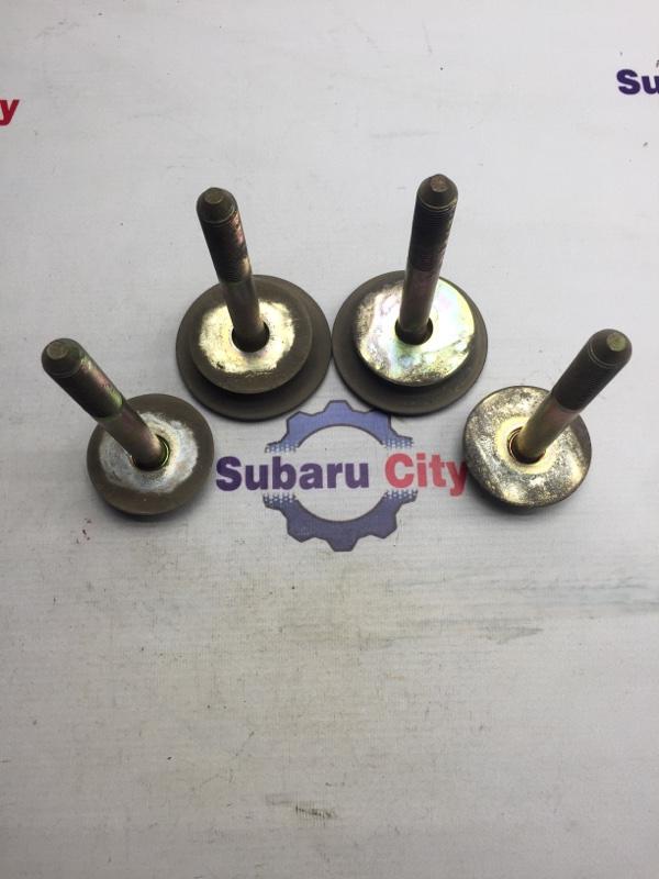 Болты крепления подрамника Subaru Legacy BE EJ20 1999 задние (б/у)