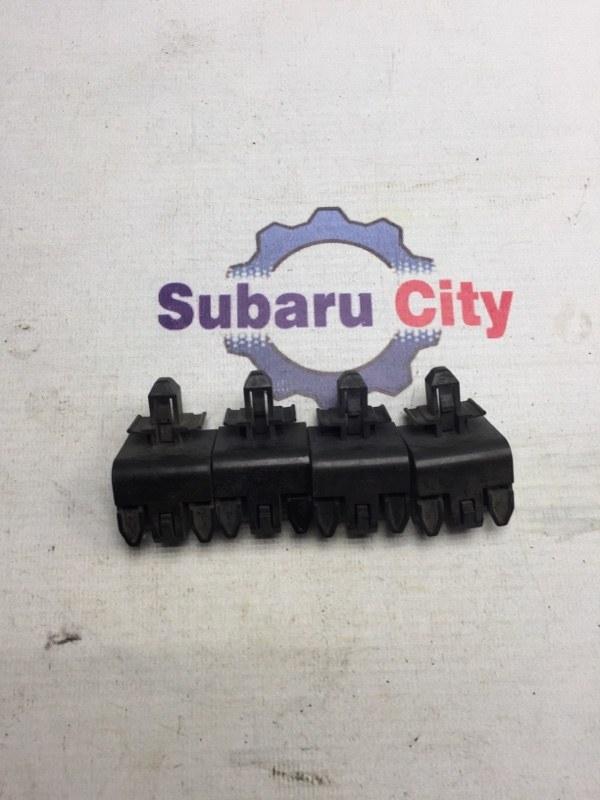 Клипсы Subaru Legacy BL EJ20 (б/у)