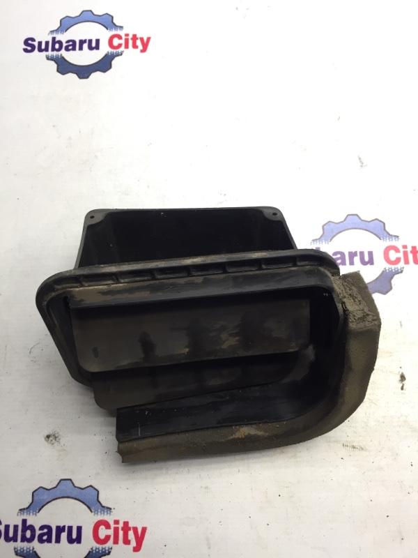 Клапан вентиляции багажника Subaru Forester SF EJ20 2001 левый (б/у)