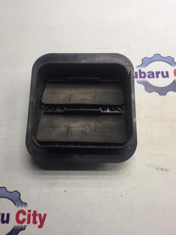 Клапан вентиляции багажника Subaru Legacy BE EJ20 2000 левый (б/у)