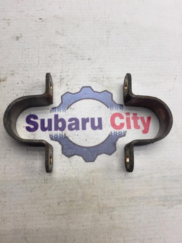 Крепление стабилизатора Subaru Legacy BE EJ20 1998 заднее (б/у)