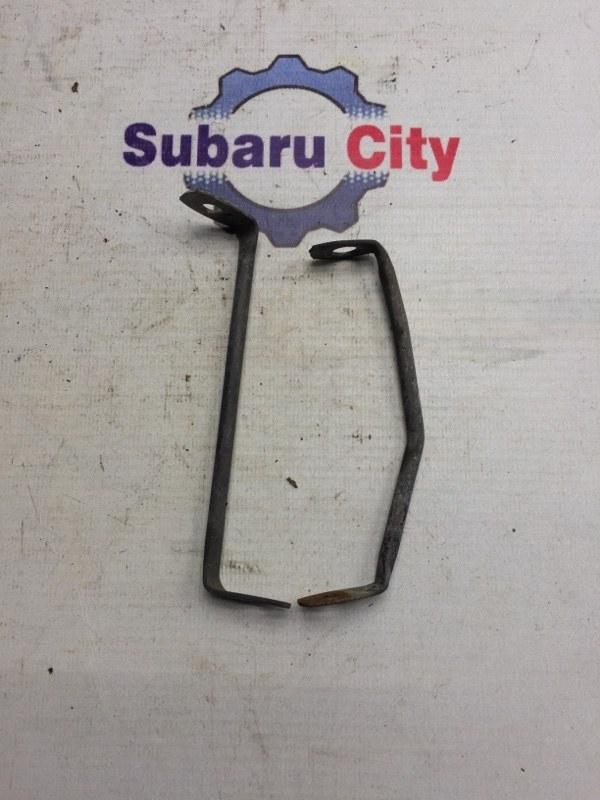 Крепление переднего крыла Subaru Legacy BE EJ20 1998 (б/у)